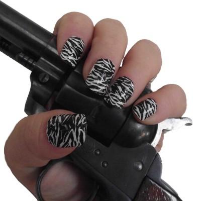 zebra full nail